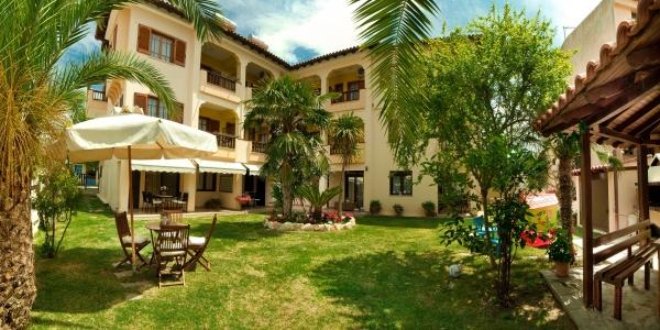 Kassandrinos Apartments Maria